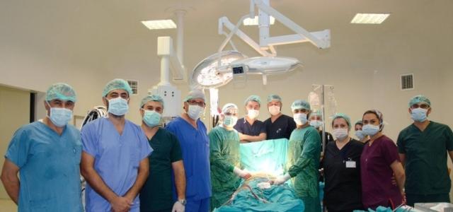 100.'Bypass' Ameliyatını Gerçekleştirdi…