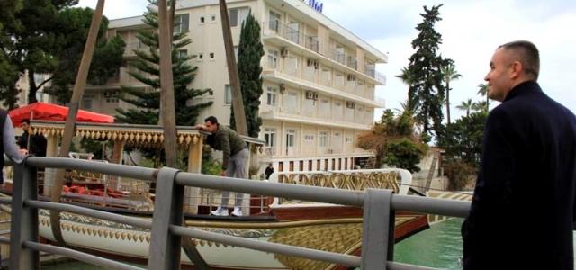 Arsuz'a Saltanat Kayığı İndirildi