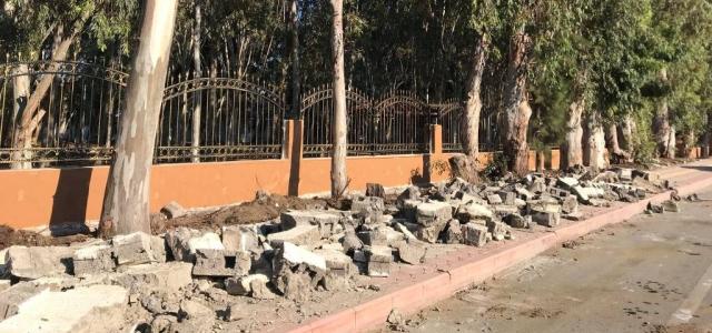 Arsuz'da Duvarlar Yıkılıyor