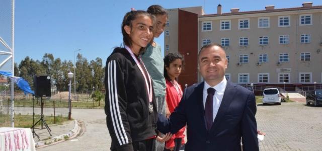 Atletizm Bölge Final Yarışmaları Arsuz'da Yapıldı