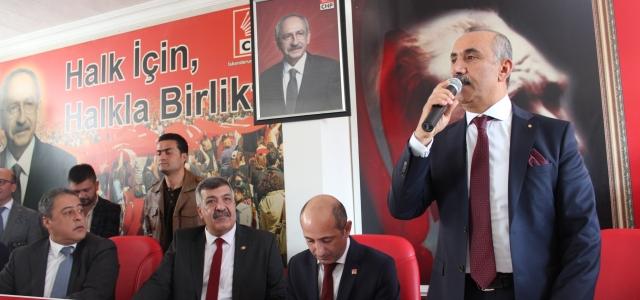 CHP'DE DEĞİŞİM RÜZGARI ESİYOR