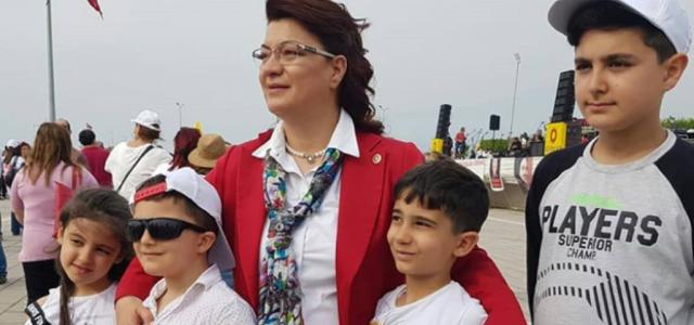 'Çocuklar İçin Şiddetsiz Bir Dünya İstiyoruz'