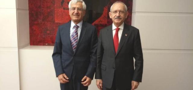 Doktor Asaf Güven'in İlk Ziyareti CHP Liderine
