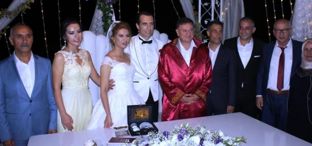 Eğitimci Selim Baysal Dünya Evine Girdi