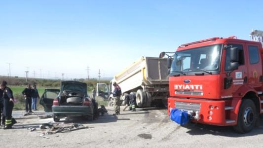 Erzin'de Trafik Kazasında İki Kişi Hayatını Kaybetti.