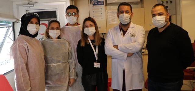 Gelişim Hastanesinden Kızılay'a Kan Bağışı