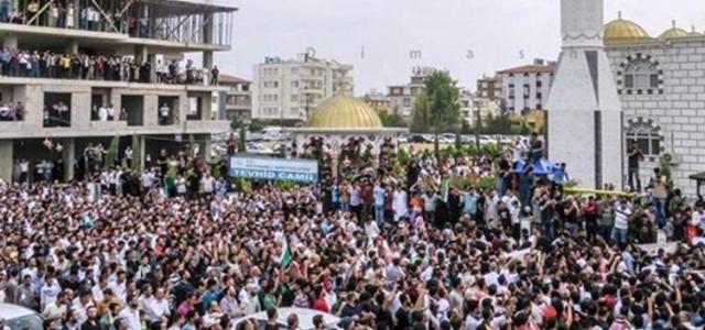 IŞİD'li Teröristin Cenaze Törenine Tepkiler Büyüyor!