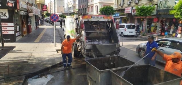 İskenderun Belediyesi Temizlik Ekipleri Sahada