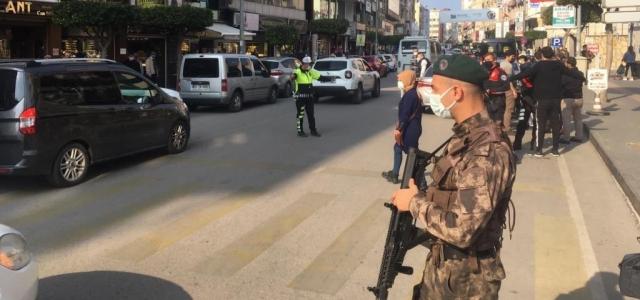 İskenderun Polisiyle Huzur ve Güvende