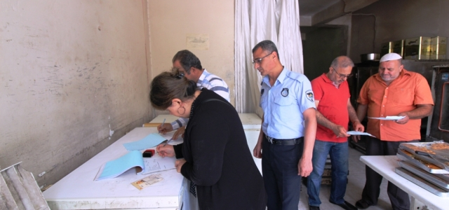 İskenderun'da Suriyeliye Ait İşyeri Mühürlendi