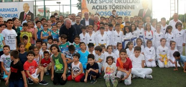 İskenderun'da Yaz Spor Okulları Başladı
