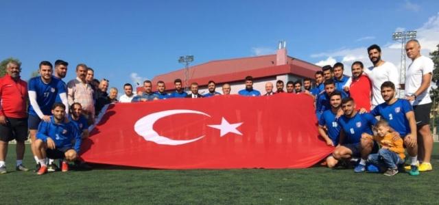 İskenderunspor Cumhuriyet Bayramını Kutladı
