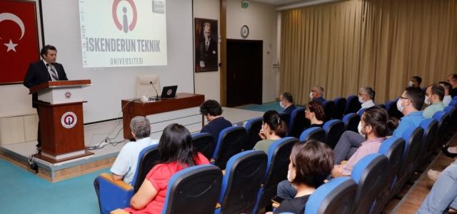 İSTE'de, 'Teknoloji Darbelere Karşı' Paneli