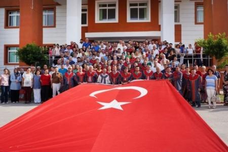 İSTE'den Demokrasi ve Milli İradeye Tam Destek!