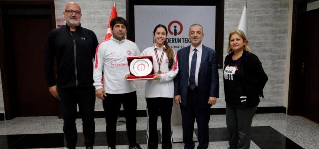 İSTE'li Sporcudan Milli Başarı: Tebrikler Hatice Şimşek!