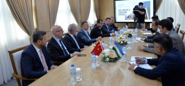 İTSO Heyeti Özbekistan'da EXPO'yu Tanıttı
