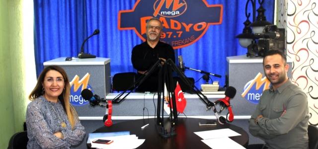 'Kütüphane Haftası' Mega Radyo'da Konuşuldu