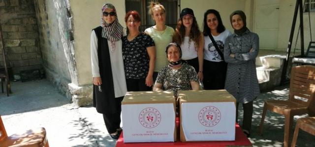 KYK Öğrencilerinden Ramazan Paketi