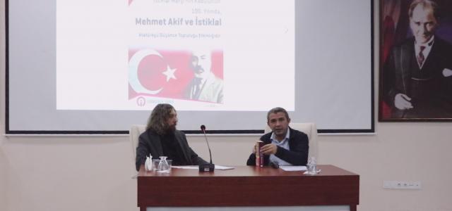 Mehmet Akif ve İstiklal