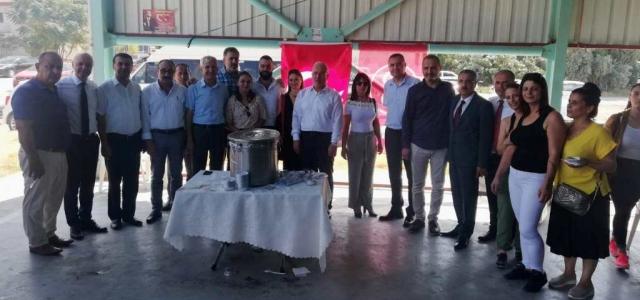 MHP Karaağaç Temsilciliği Aşure Dağıttı