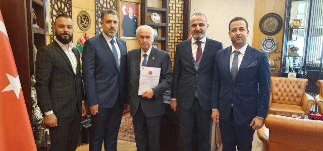 MHP'li Meclis Üyeleri Ankara'ya Çıkarma Yaptı