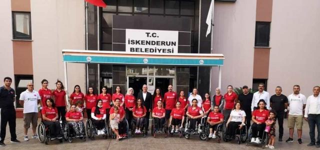 Milli Sporculardan Başkan Tosyalı'ya Teşekkür