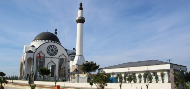 Nihal Atakaş Camii Cuma Günü İbadete Açılıyor