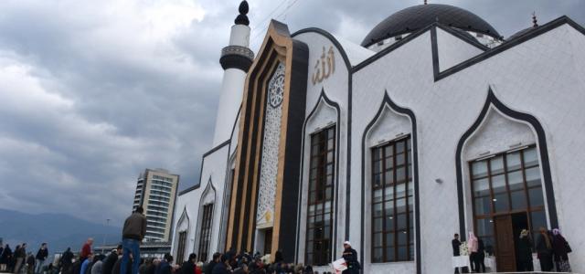 Nihal Atakaş camii Dualarla Açıldı