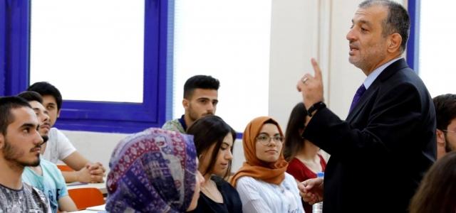 Rektör'den Öğrencilere Ziyaret