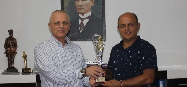 Şampiyonluk Kupasıyla Vayısoğlu'na Ziyaret