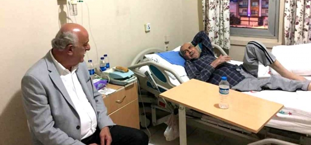 Seyfi Başkan'dan Hastalara Moral Ziyareti