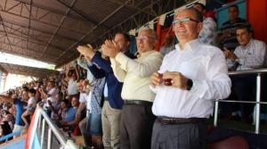 Başkan Tosyalı Sevgi Seline Alkışlarla Cevap Verdi