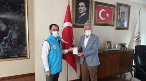 Başkan Tosyalı'dan TDV'ye Kurban Bağışı