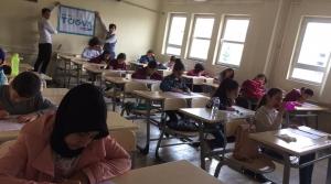 Hatay'da 'Kitap Kurdu Okuma Yarışması' Sınavı Yapıldı