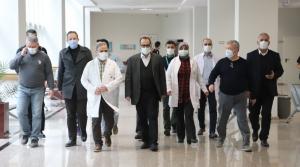 İl Sağlık Müdürü Hambolat Aşı Odalarını İnceledi