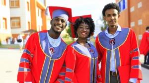 Uluslararası Öğrenciler Ailemize Katılmak İçin İSTE'kli
