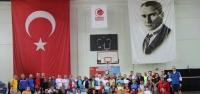 Badminton Sevdalıları İskenderun'da Buluştu