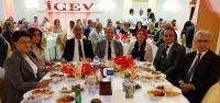 Eğitim Gönüllüleri İGEV Gecesinde Buluştu