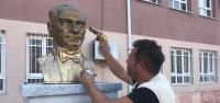 Hbb'den Atatürk Büstlerine Bakım Çalışması