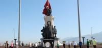 İskenderun'da Sosyal Mesafeli Gençlik Haftası