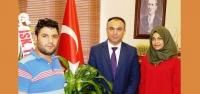 Resim Öğrencisinden Kaymakam Soytürk'e Portre!