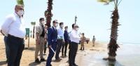 Vali Doğan, Erzin Plajı'na da El Attı!