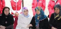 Vali Doğan'dan Şehit Çeker'in Ailesine Taziye