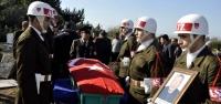 Vefat Eden Kıbrıs Gazisi Törenle Toprağa Verildi