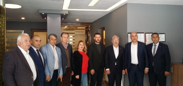 Tosyalı'dan Gökhan Zeybek'e Ziyaret
