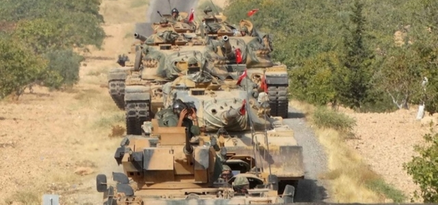 Türk Askeri Sınırı Geçti!