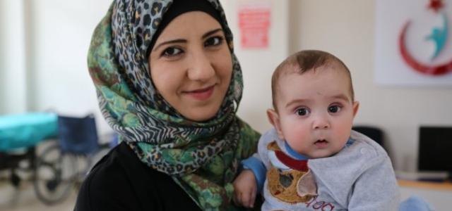 Türkmen bebek Bolu'da şifa buldu
