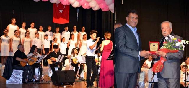 'Türkülerimiz Mehmetçiğimize' Konserine Yoğun İlgi