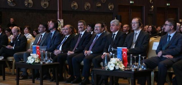 Vali Doğan Türkiye'nin Gündeminde