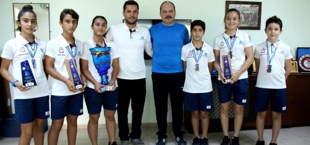 Yelkenciler İkincilik Kupasını İskenderun'a Getirdi
